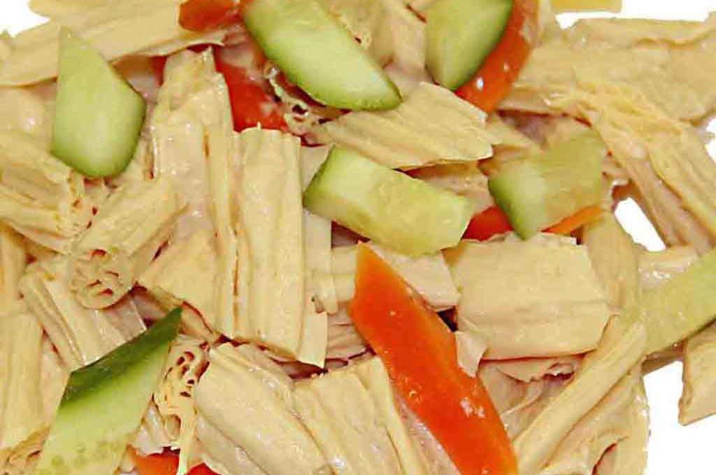 Салат «Фуджу» 拌腐竹