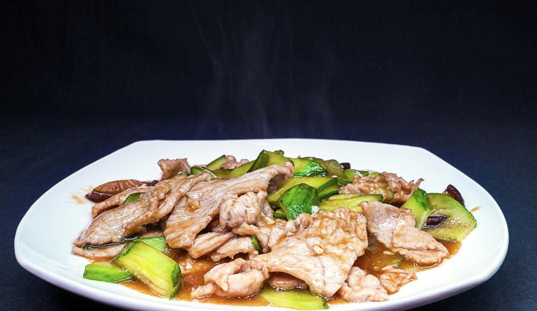 Жареная свинина с грибами 香菇肉片