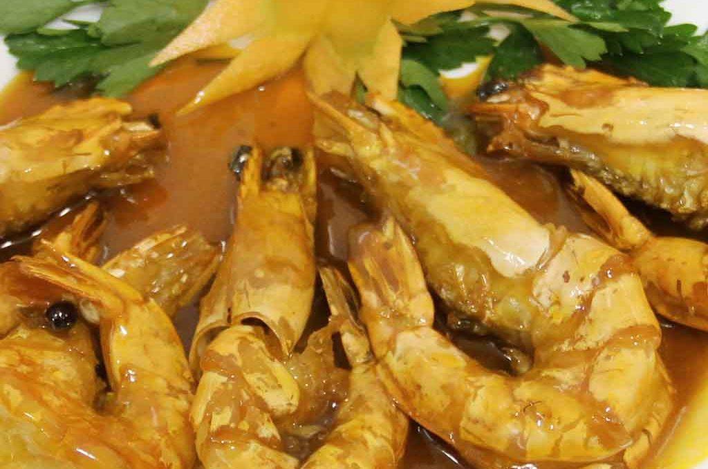 Жареные креветки 油焖大虾